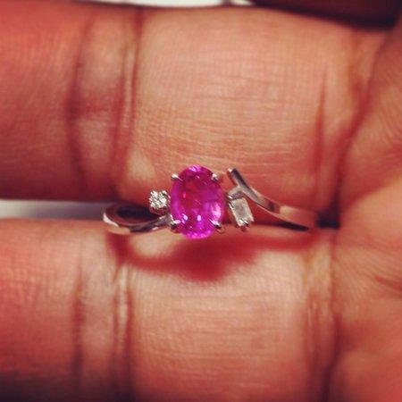 Lihiniya Gems: Sold! Another happy customer...