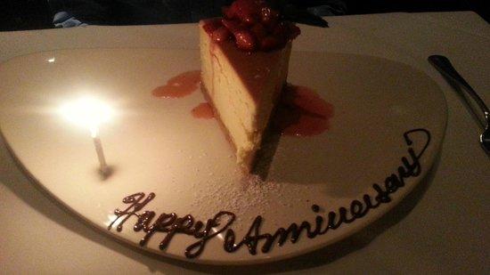 Vic & Anthony's Steakhouse : Anniversary Dessert