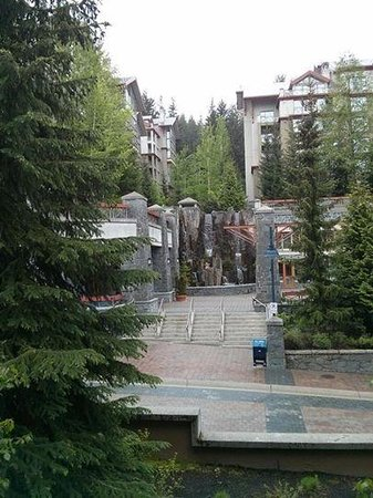Hilton Whistler Resort & Spa: Waterfall view from our room