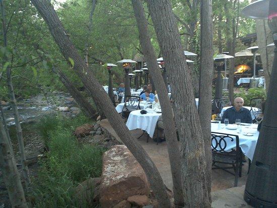 Cress on Oak Creek: The outside seating