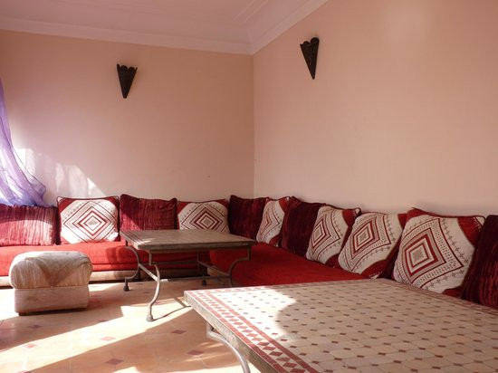 Riad Suliman : roof top sitting area