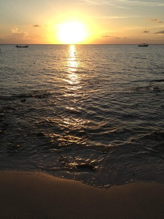 Iberostar Cozumel: Sunset on the Beach
