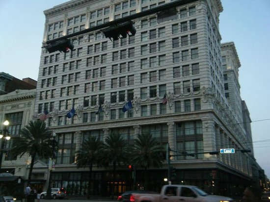 The Ritz-Carlton, New Orleans: Hotel Building