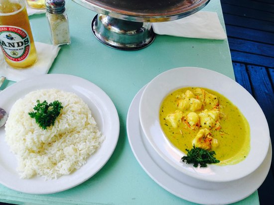 Pisces Seafood House & Pizzeria: Lobster Curry