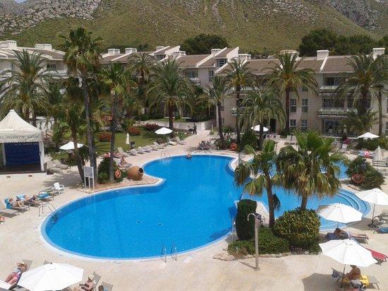 Puerto Azul Suite Hotel: pool view
