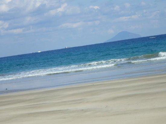Tatadohama Beach : 多々戸浜