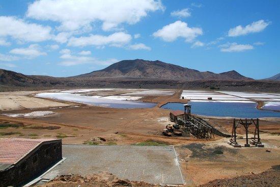 Pedra Lume Salt Crater: vista das Salinas