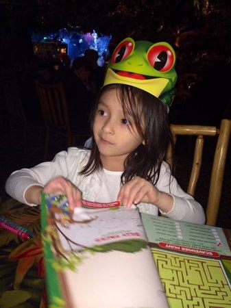Rainforest Cafe: Fun place