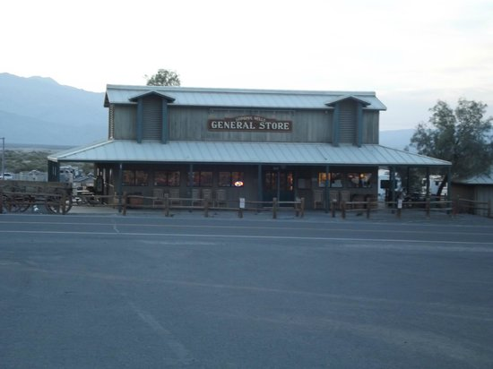 Stovepipe Wells Village Hotel: General Store