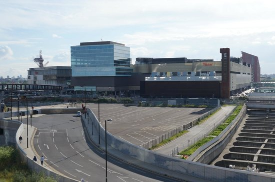Westfield Stratford City: Viewed from outside