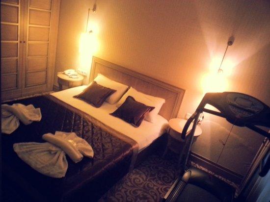 Pianoforte Hotel: Suite kamer met loopband als extra