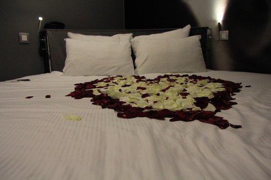 Angely Hotel : романтическая обстановка
