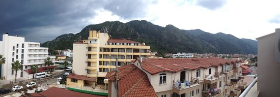 Kapmar Hotel : Back facing view