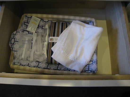 Marugame Plaza Hotel: バスタオル1枚、ハンドタオル×2枚あったのが、良かったです