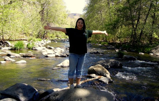 Grasshopper Point Picnic Area: Me standing on the rocking in the middle of the creek, taking in the beautiful view