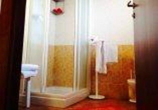 Hotel agli Ulivi: bagno