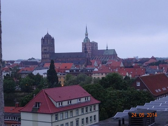 arcona Hotel Baltic : Blick zur Altstadt