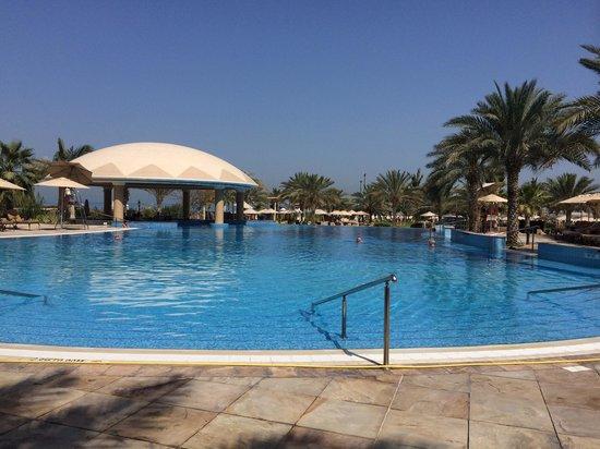 Le Royal Meridien Beach Resort & Spa: Second pool