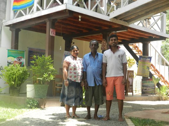 Shehan Guest House: the lovely staff