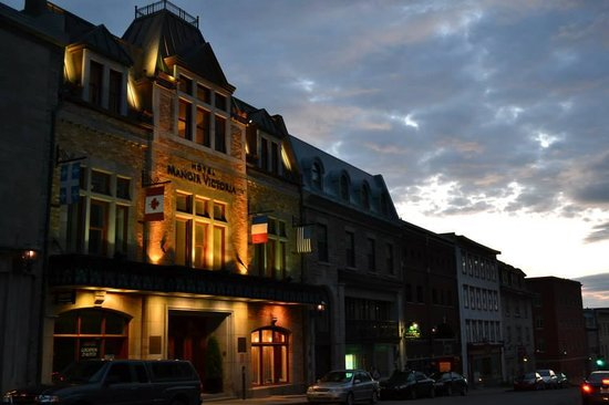 Hotel Manoir Victoria : Façade de l'hôtel au coeur du Vieux-Québec