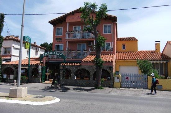 Logis Hotel Les Charmettes : Les charmettes à Argeles sur mer