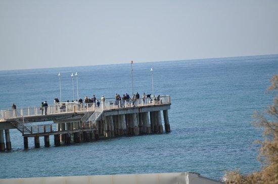 Hotel Italia: Blick auf den Peer (Marina di Massa)