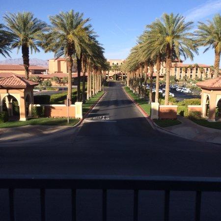 The Westin Lake Las Vegas Resort & Spa : Front view of the Westin at Lake Las Vegas