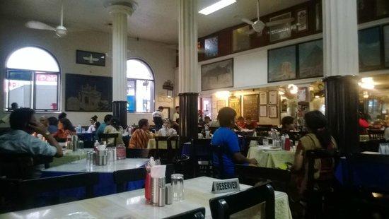 Leopold Cafe and Bar : Restaurant