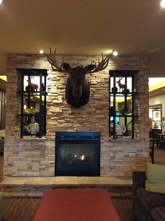 Homewood Suites by Hilton Anchorage : Front Lobby