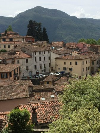 Renaissance Tuscany Il Ciocco Resort & Spa: View of resort from Barga