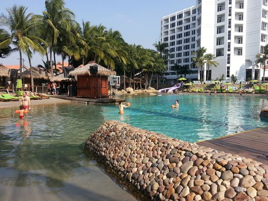 Hard Rock Hotel Pattaya : pool area