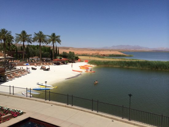 The Westin Lake Las Vegas Resort & Spa : Enjoying kayaking