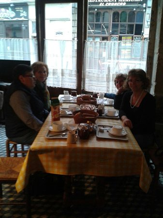 Hotel St. Andre des Arts: La colazione