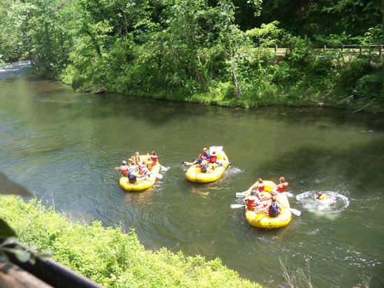 Great Smoky Mountains Railroad: Rafting on the river