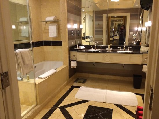 Bathroom Picture Of The Palazzo Resort Hotel Casino Las Vegas Tripadvisor