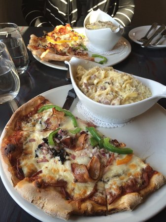Gio's Vino & Pasta
