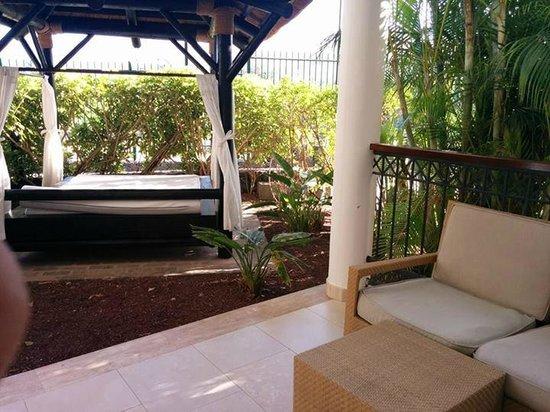 Gran Melia Palacio de Isora Resort & Spa : Balibed in Deluxe gardenview room