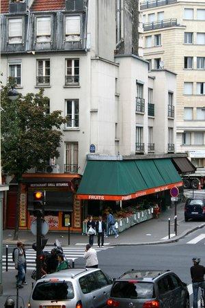"Hotel Paris Louis Blanc: Paris is so ""white"""