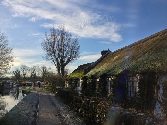 Guy's Thatched Hamlet: The Lancaster Canal