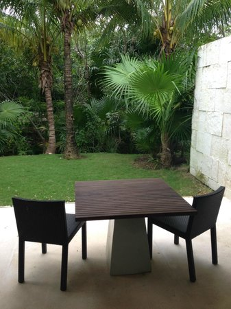 Blue Diamond Luxury Boutique Hotel: Outdoor patio in Patio Junior Suite