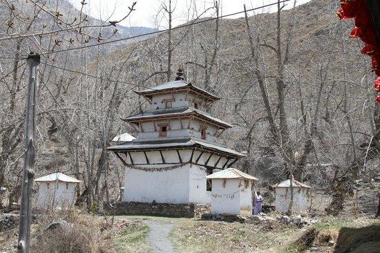 Muktinath Temple (Chumig Gyatsa): Chumig Gyatsa et Shiva Parvati Mandir