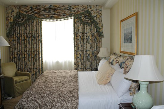 Hotel Monteleone: Room