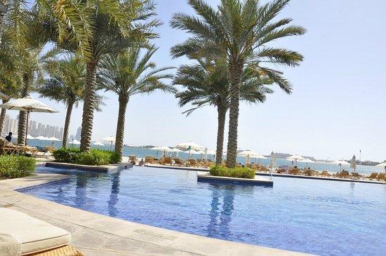 Fairmont The Palm, Dubai: Adult Pool