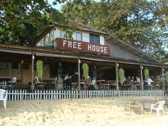 Free House Bungalow: les pieds dans l eau