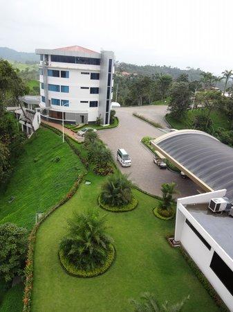 Hillary Nature Resort & Spa: Vista desde la habitacion presidencial