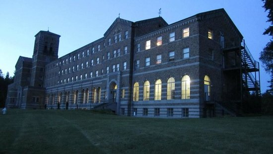 Kenmore, WA: Seminary building at dusk.