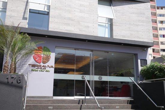 Tierra Viva Miraflores Larco: Front of hotel