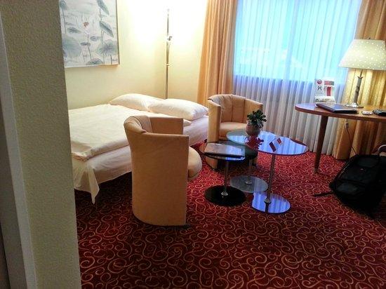 GAIA Hotel: sofa/bed 2