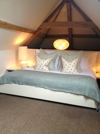 Babington House: Bed!