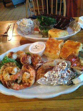Rocky Gap Casino Resort: Shrimp and pan seared scallops